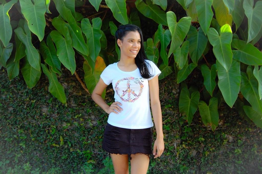 T-shirt Paz e Amor