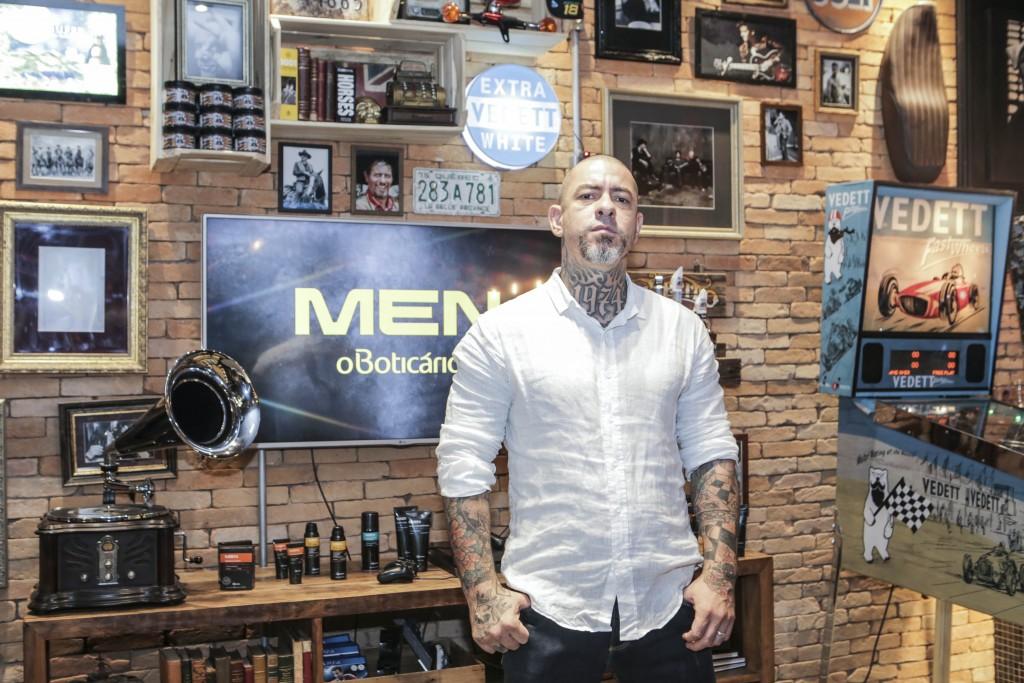 O Boticário lança linha MEN ONLY na Barbearia Corleone, em São Paulo