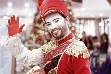 Papai Noel chega em Maceió com festa