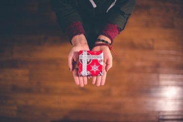 Como presentear nesse natal sem gastar muito