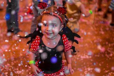 Prévias de Carnaval para crianças, adultos e até para os pets agitam o mês no Parque Shopping