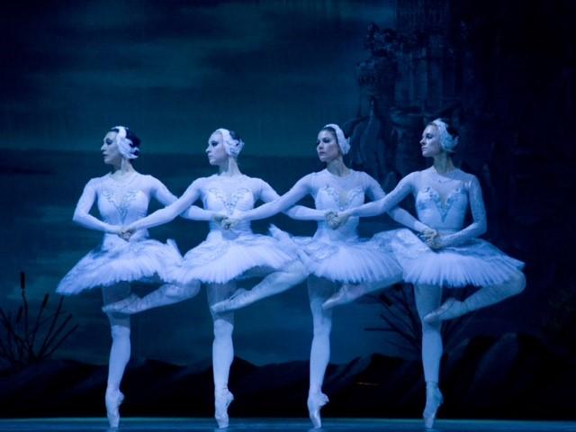 Ballet Nacional da Rússia apresenta o grandioso espetáculo 'O Lago dos Cisnes'